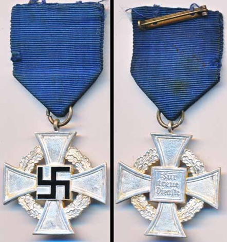 WW2 German 25 Year Faithful Service Medal.  Treuedienste Ehrenzeichen 25.
